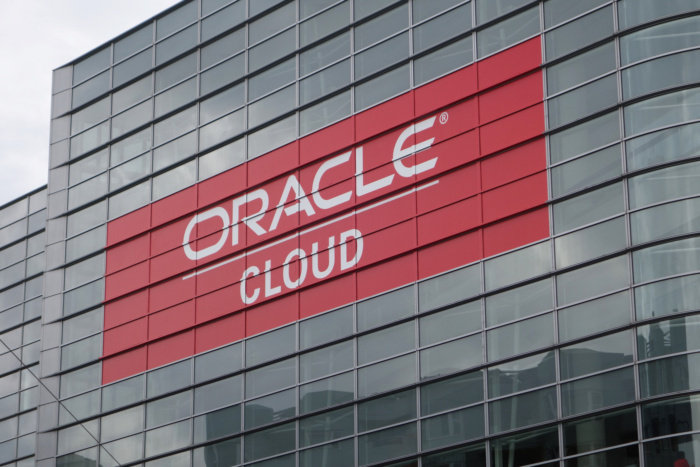 oracle-cloud-on-building-100730618-large